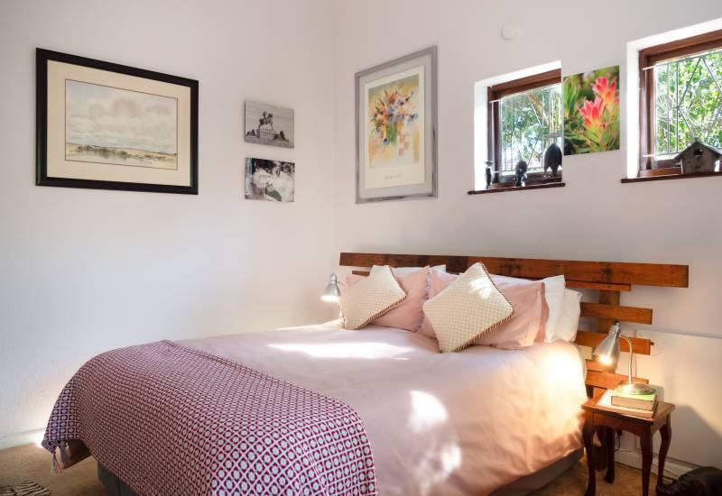 cute bedroom in Oahu home for sale