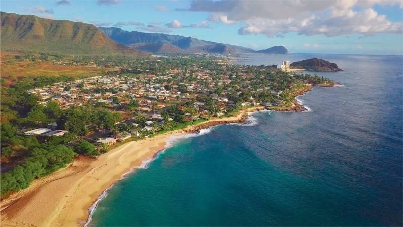 aerial view of Oahu coastline