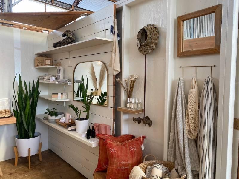 hawaii says hi local shop kauai