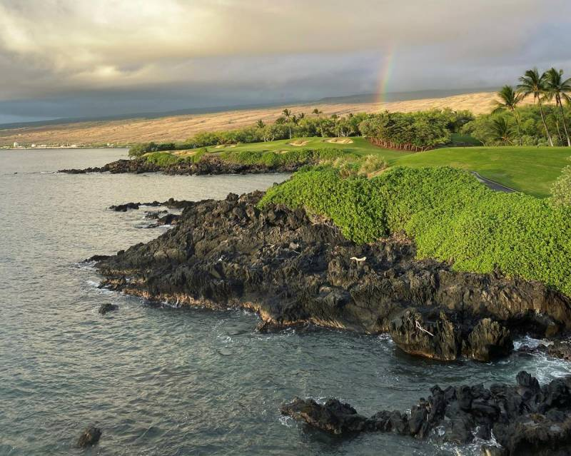 oceanfront gold course at mauna kea resort big island