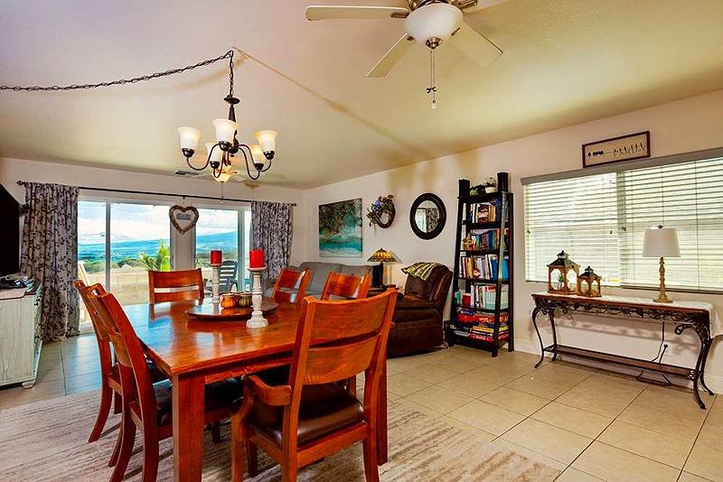 interior wailuku home for sale