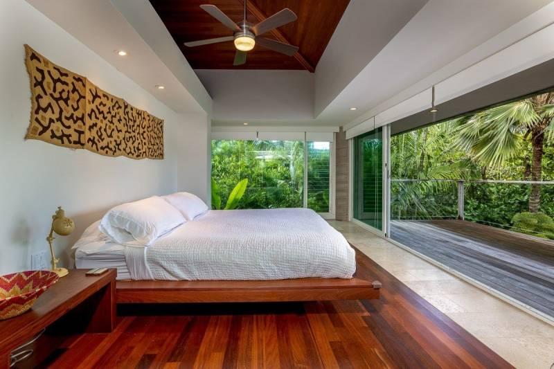 contemporary master bedroom in kauai