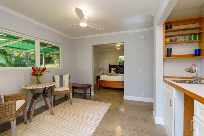 attached guest suite in wailua homesteads home