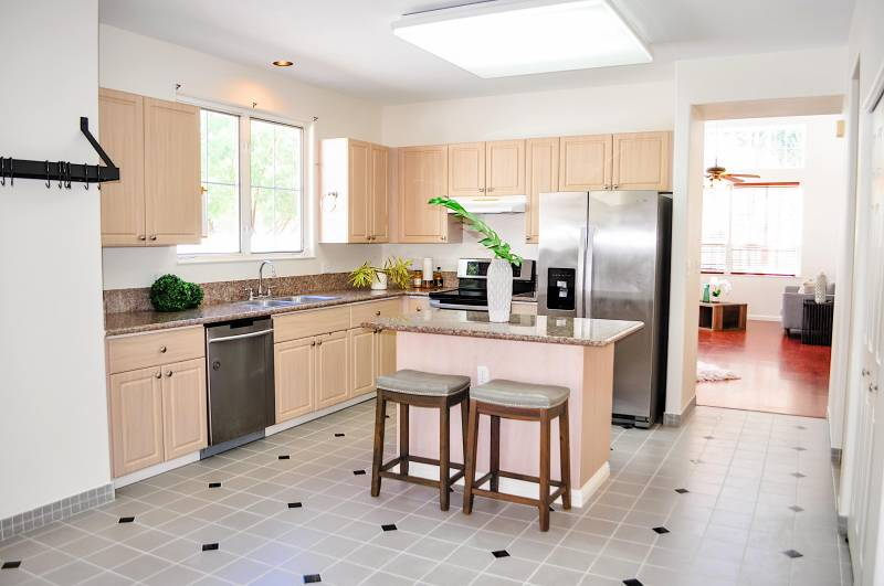 kitchen in oahu home for sale