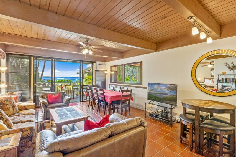 Kahana Outrigger leasehold condo on maui