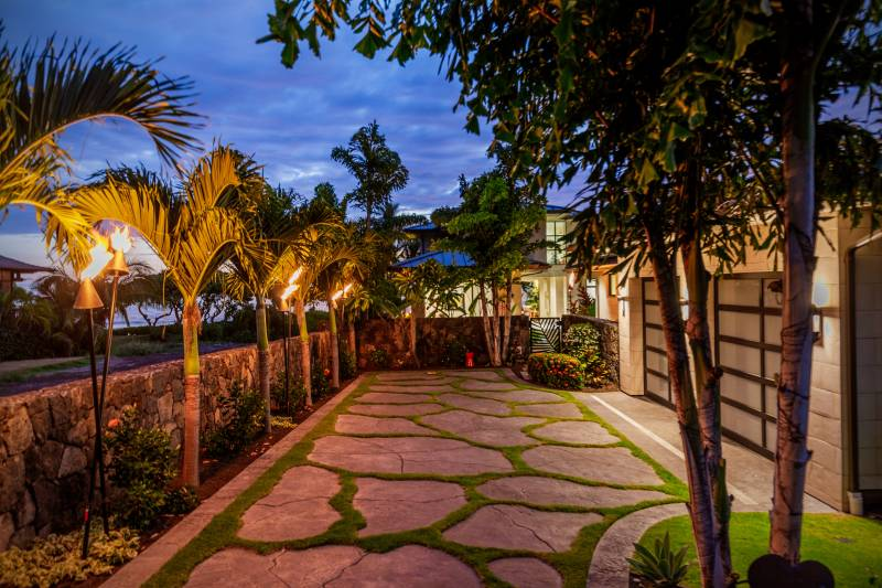 outdoor space in big island home for sale
