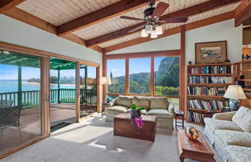 living room and lanai overlooking the ocean