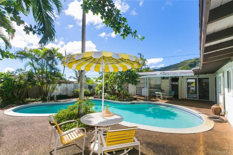 pool in home for sale honolulu oahu