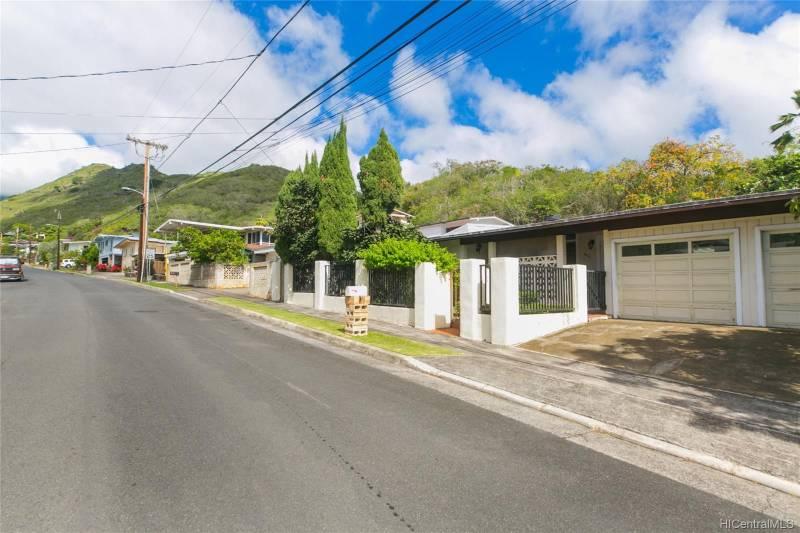 Niu Valley honolulu home for sale