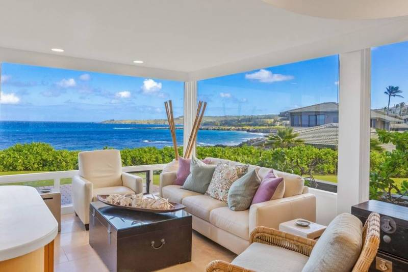 lanai at oceanfront maui condo for sale