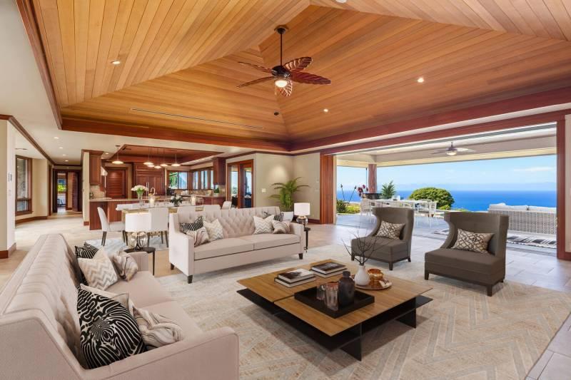 luxury home at hokulia