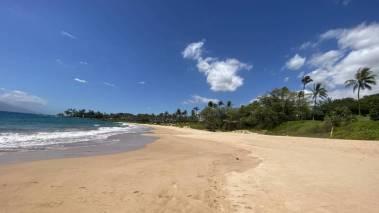 empty wailea maui beach