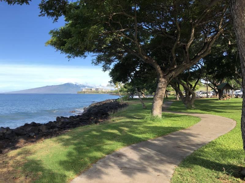 Wahikuli walking path