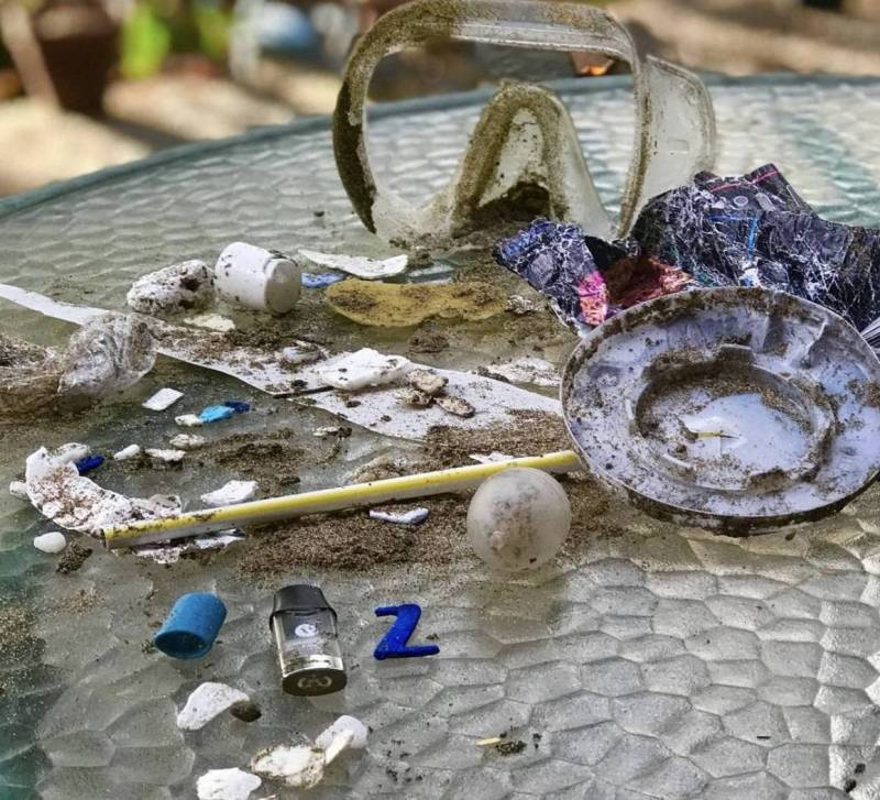 trash picked up while plogging in hawaii