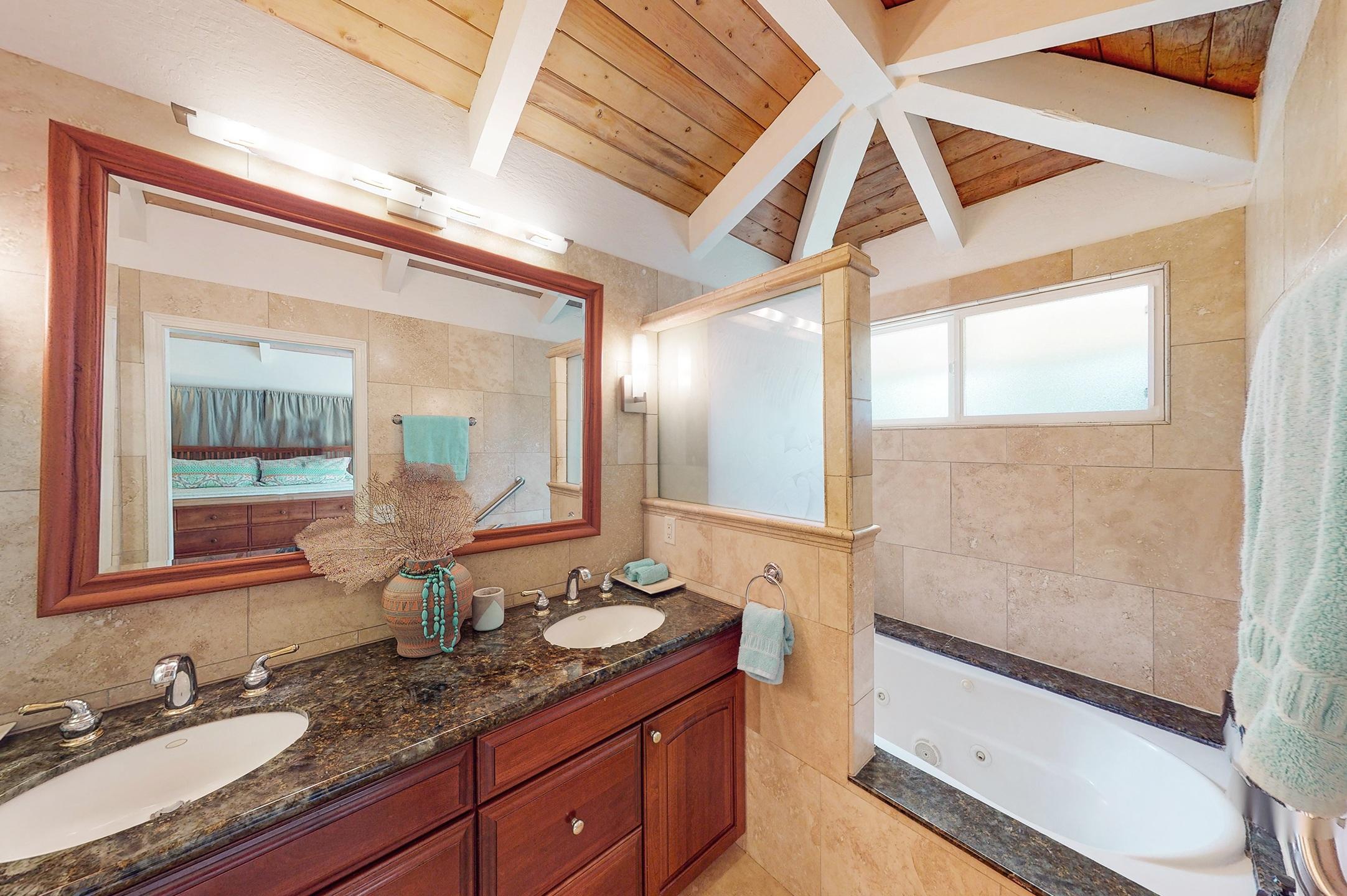 bathroom in kauai home for sale