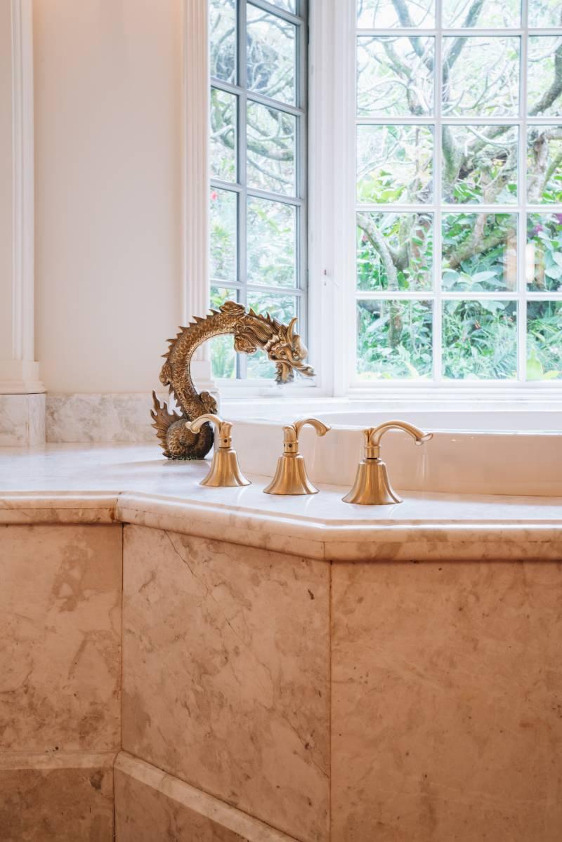 luxury master bathroom details