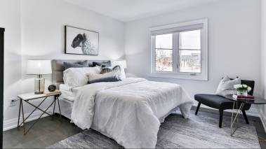 neutral bedroom for selling