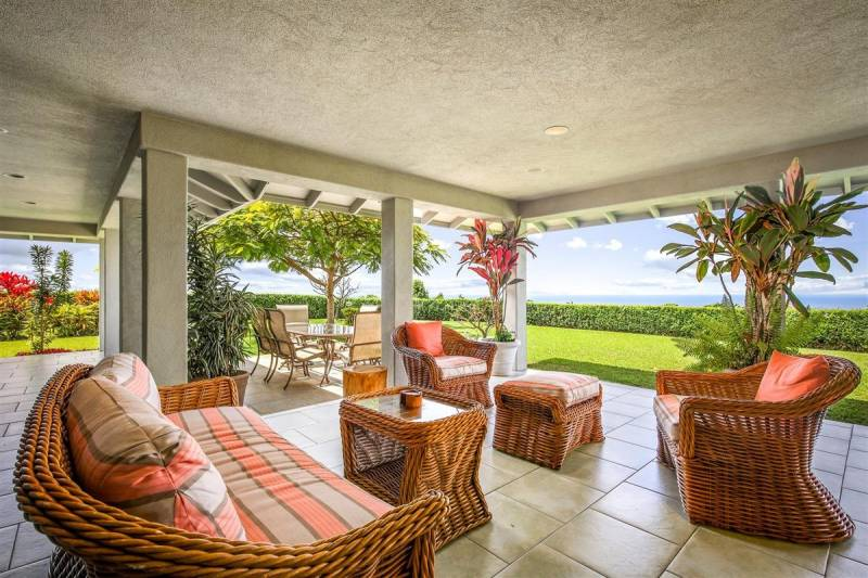 covered lanai and ocean view