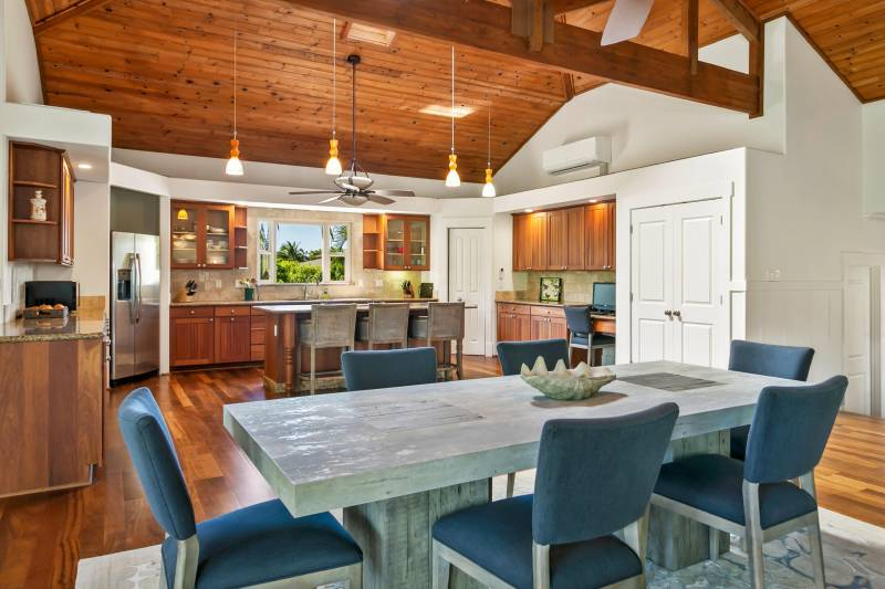 kitchen and dining room on kauai north shore