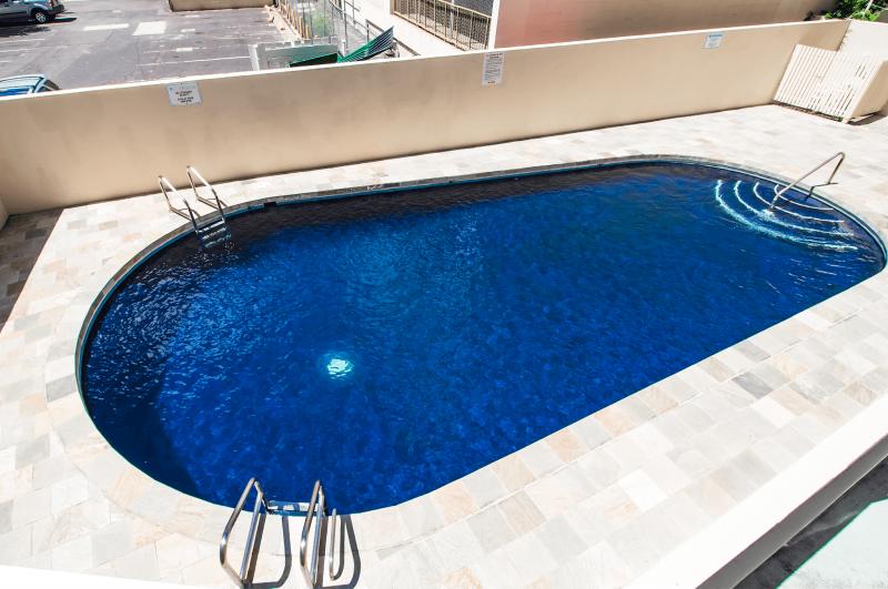 condo community pool in ala moana
