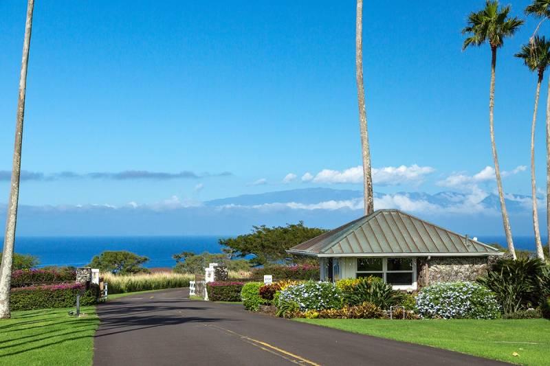 Puakea Bay Ranch gatehouse