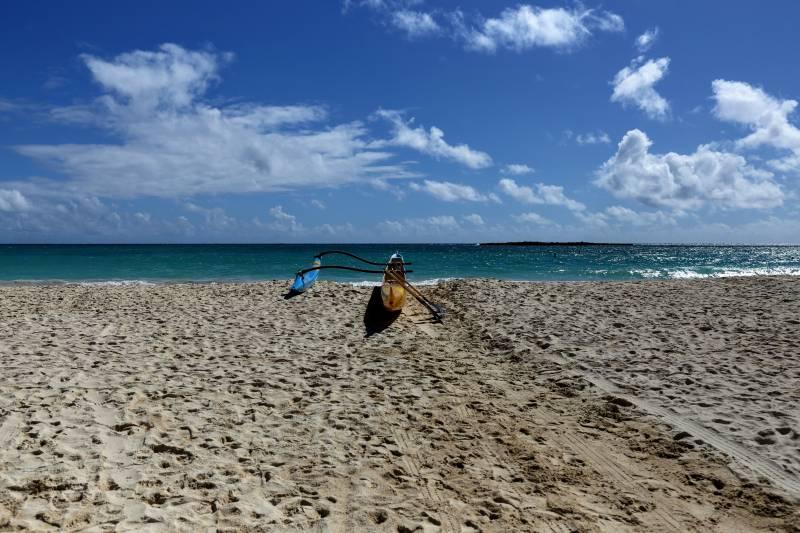 paddling on hawaii beach