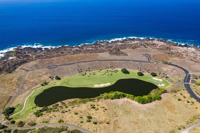 hokulia oceanfront golf course