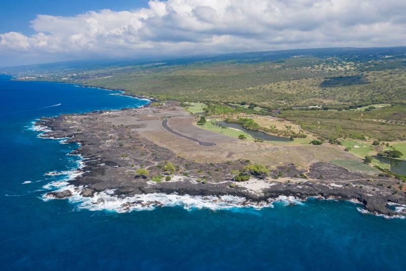 aerial view of hokulia big island luxury homes