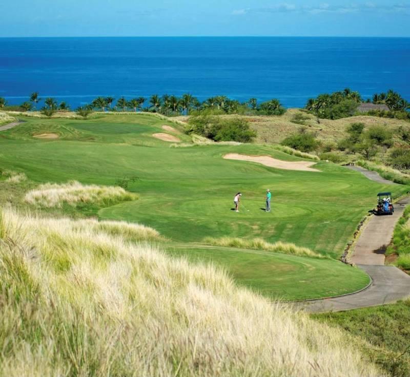 golfing at mauna kea resort