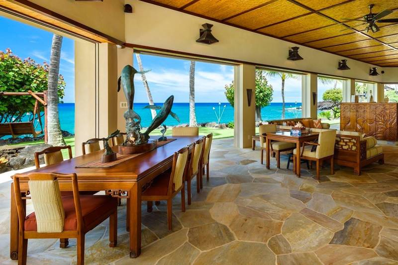 panoramic ocean views from living and dining area