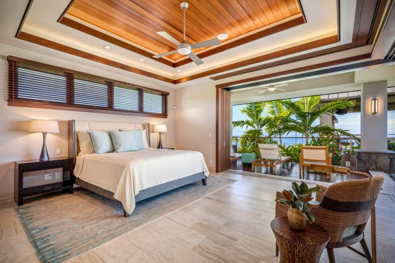 large bedroom with lanai