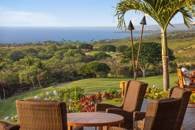 view of the ocean from the club at hokulia