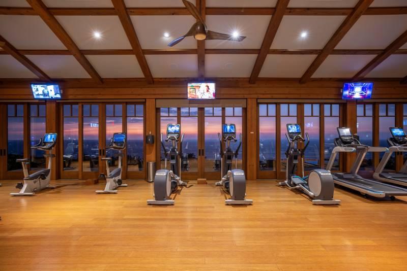 hokulias oceanview fitness center