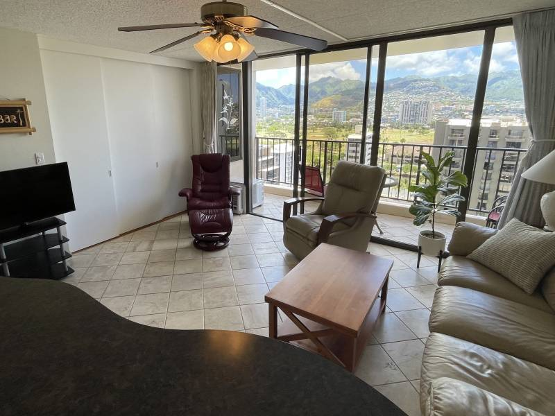 huge sliding doors let in tons of natural light and views of waikiki