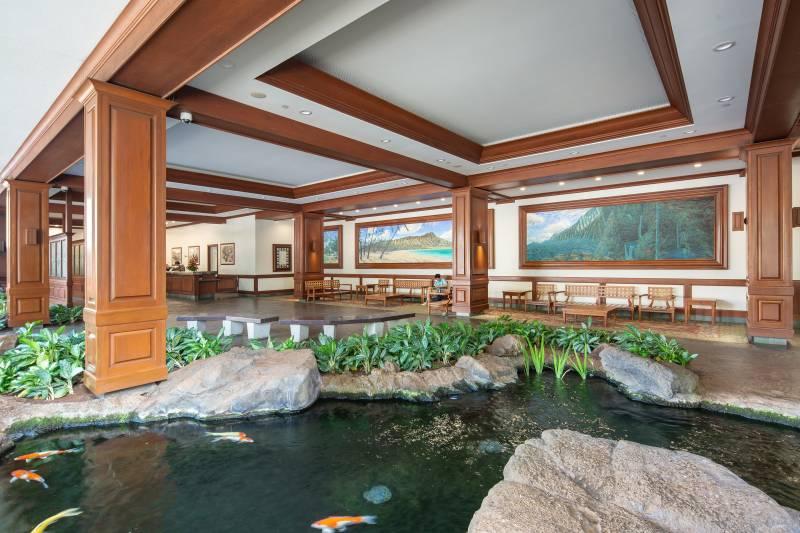 waikiki banyan lobby with koi ponds