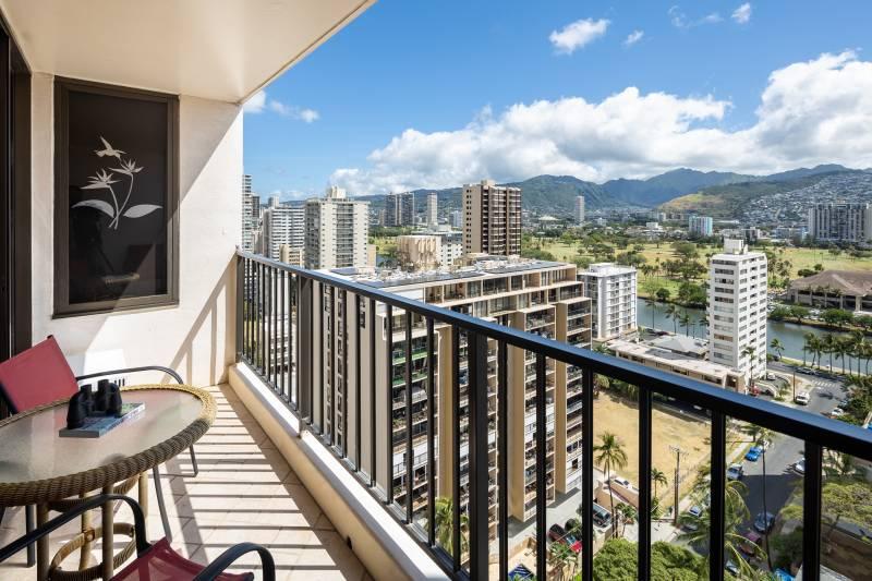 lanai with mountain and city views from waikiki banyan condo