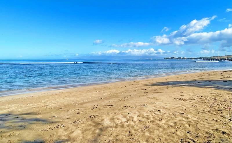 beach in west maui