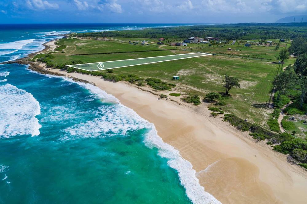 Oceanfront land for sale on Oahu's North Shore