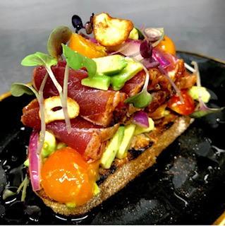 seared tuna on toast at the club at hokulia