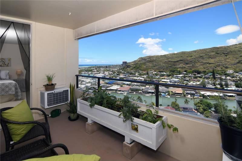 lanai view from plaza hawaii kai