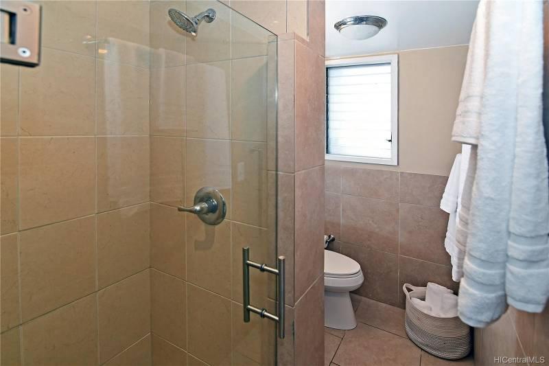 shower in honolulu condo for sale