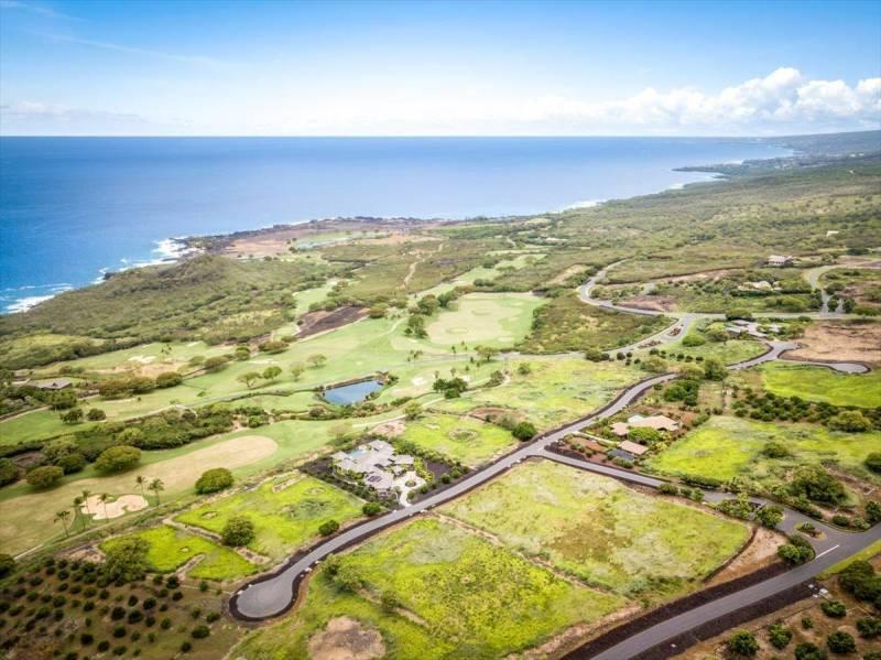 hokulia luxury community big island