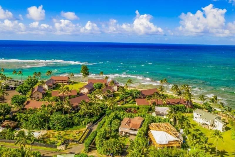 homes near ocean on kauai
