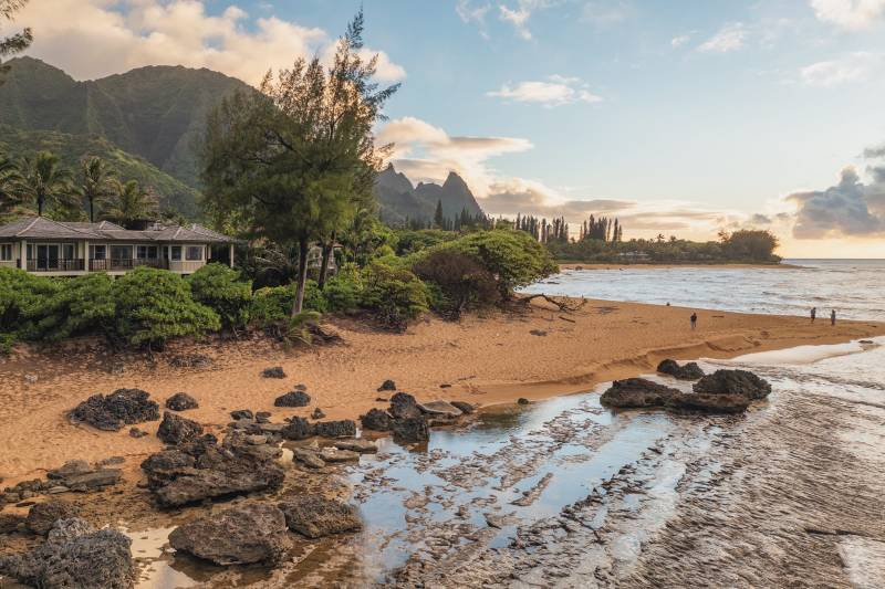 NORTH SHORE BEACH OUT FRONT