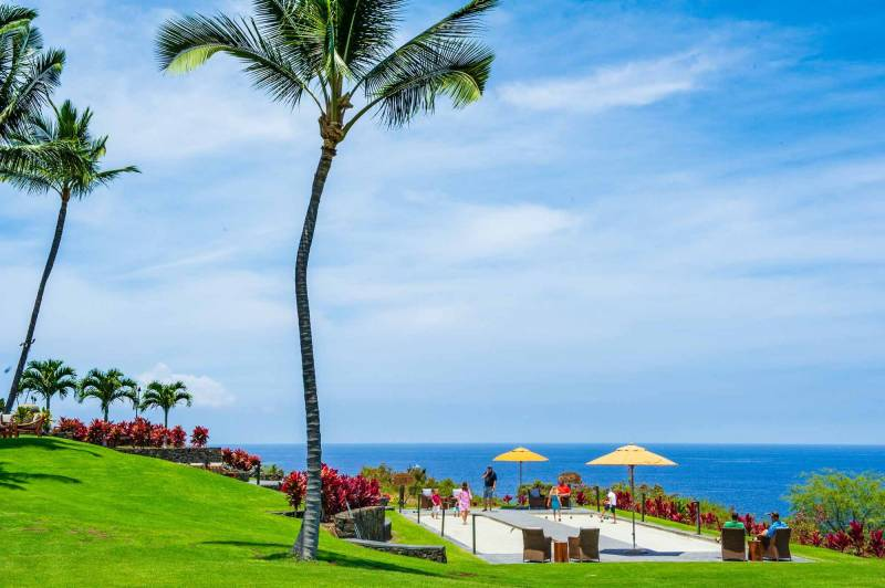 oceanfront luxury community hokulia