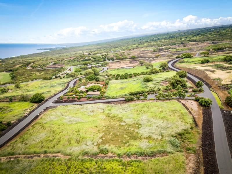 1.4 acre lot in hokulia big island