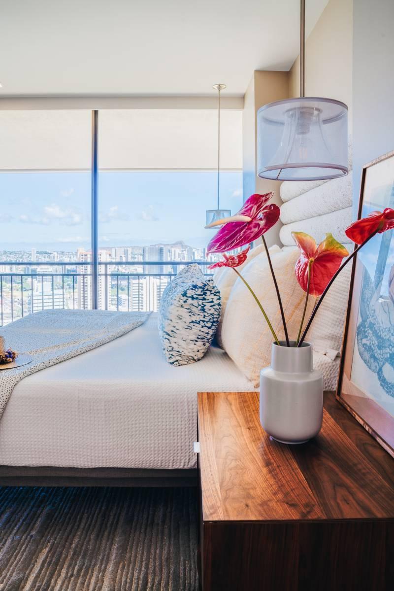 honolulu views from the large bedroom windows