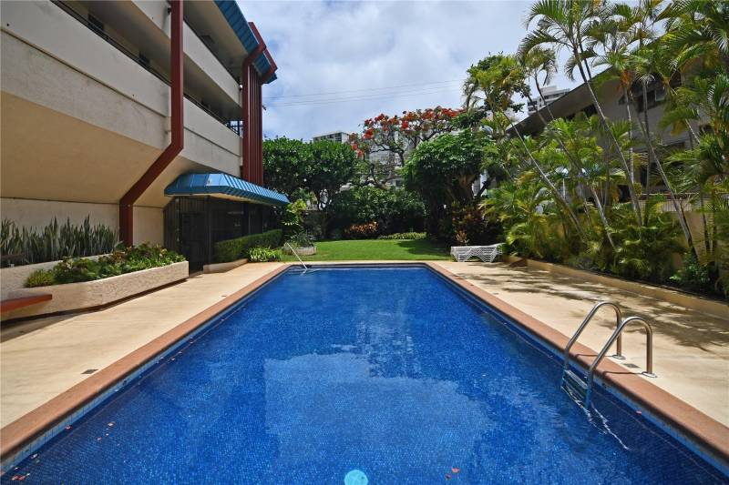 pool at oahu condo for sale