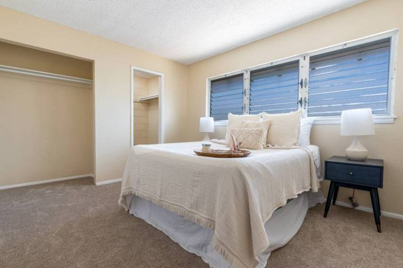 master bedroom in oahu condo for sale