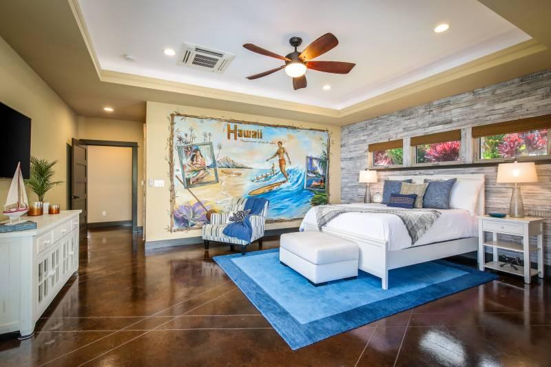 bedroom in kona vistas home on big island